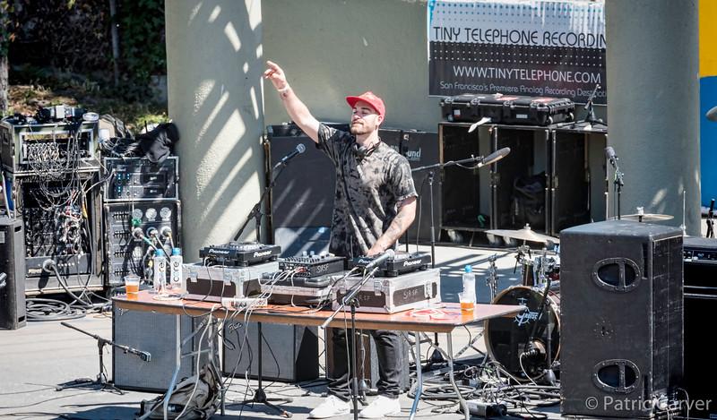 Adam Vida DJ2.jpg