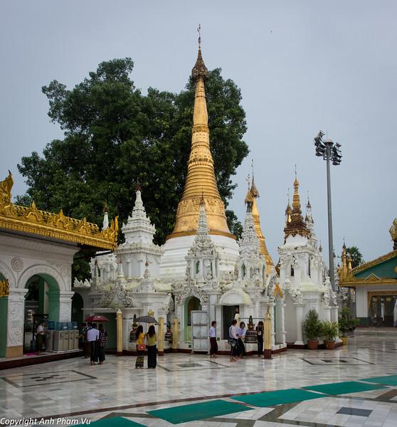 Yangon August 2012 260.jpg