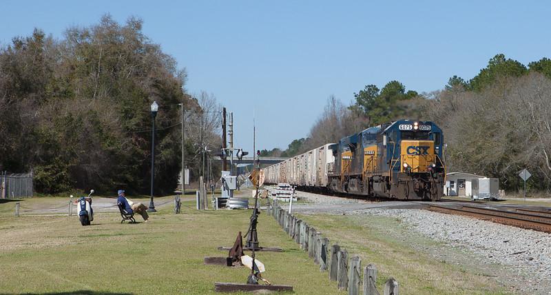 Juice train southbound through Folkston, Ga.