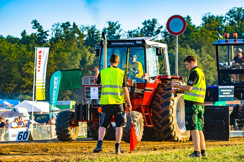 Tractor Pulling 2015-01644.jpg