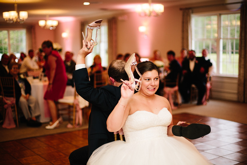 amie_and_adam_edgewood_golf_club_pa_wedding_image-916.jpg