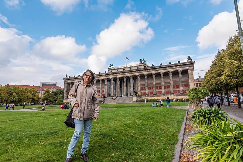 In front of the Altes Museum