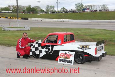 051817 WIR Speedway