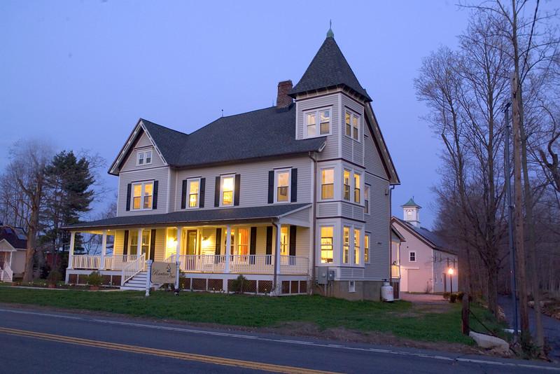 WEB house dusk.jpg
