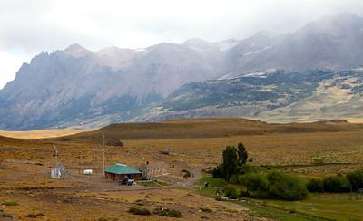 Ruta 40 to El Chalten and Lago Deserto