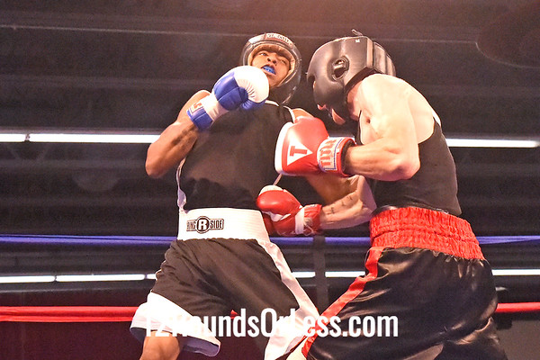 Bout 11 Ryizeemmion Ford, Blue Gloves, Alliance -vs- Loren Holmes, Red Gloves, PA, 130 lbs
