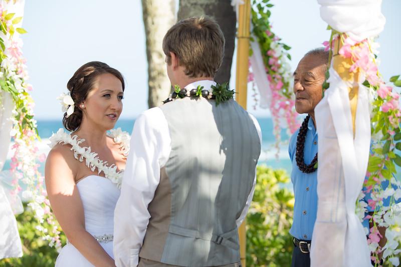 gillin beach kauai wedding-98.jpg