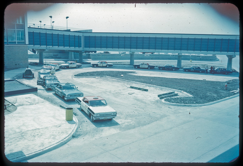 DTW Taxi Stand June 1966small.jpg