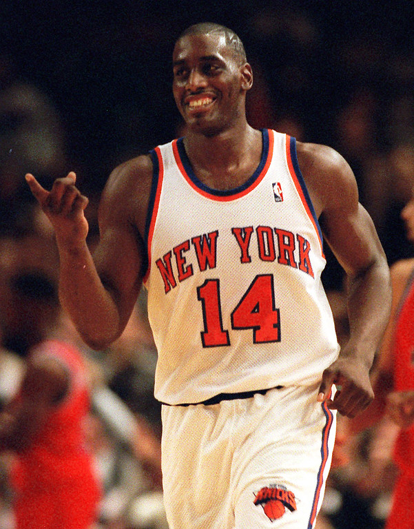 . FILE - In this Dec. 3, 1995 file photo, New York Knicks Anthony Mason runs down court during an NBA basketball game against the Washington Bullets in New York.  The New York Knicks spokesman Jonathan Supranowitz confirmed Saturday, Feb. 28, 2015 that Mason, a rugged power forward who was a defensive force for several NBA teams in the 1990s, has died. He was 48.  (AP Photo/Ron Frehm)