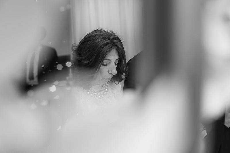Miri_Chayim_Wedding_BW-528.jpg