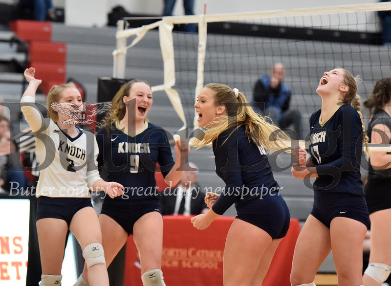 1107_SPO_Knoch volleyball-4.jpg