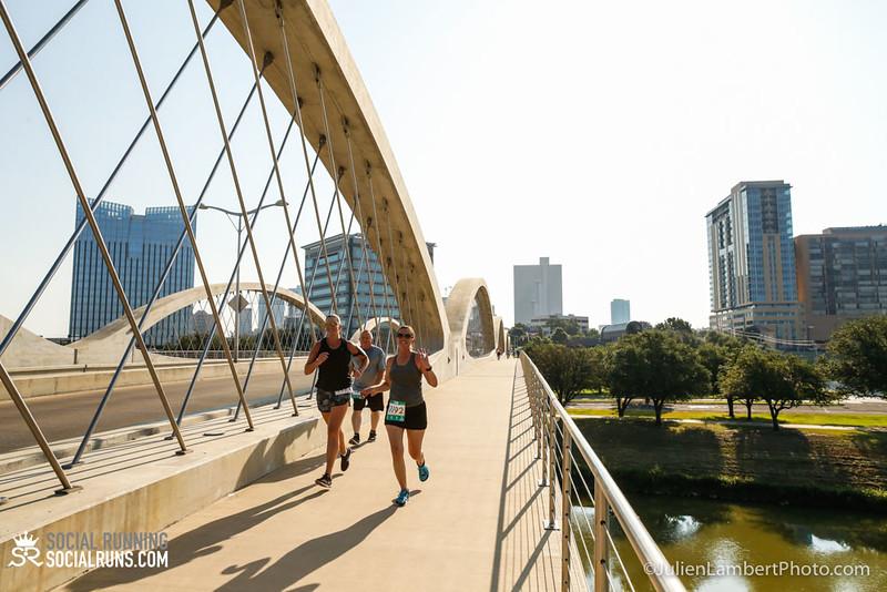 Fort Worth-Social Running_917-0555.jpg