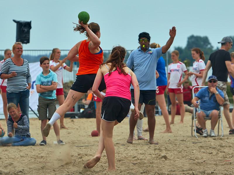 Molecaten NK Beach Handball 2015 dag 2 img 287.jpg