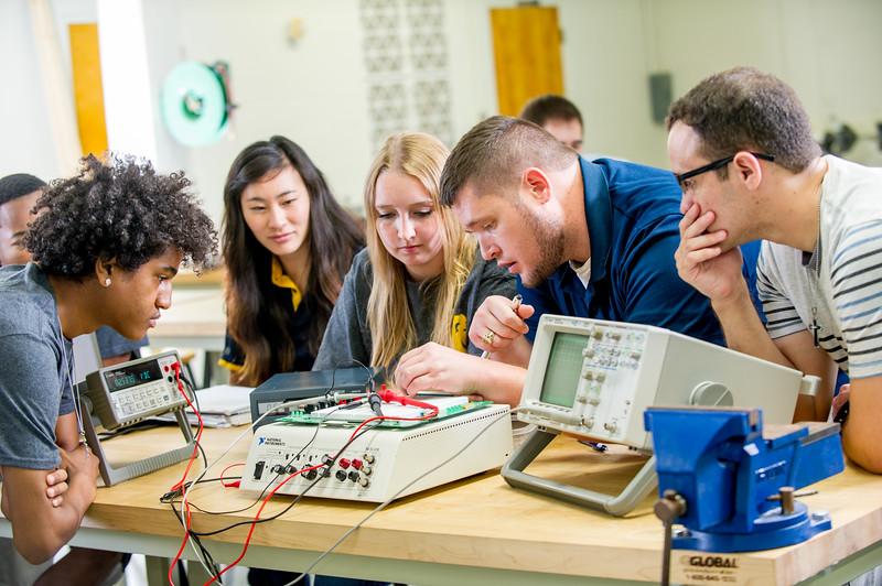 17339-Electrical Engineering-8221.jpg