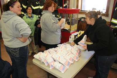 Childrens Christmas Party, American Hose Company, Tamaqua (12-23-2012)