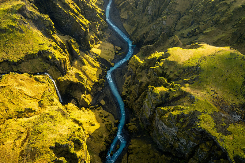 CHRIS BURKARD 2014 APPLE GIGAPIXEL ICELAND SHOOT SKOGAFOSS WATERFALL