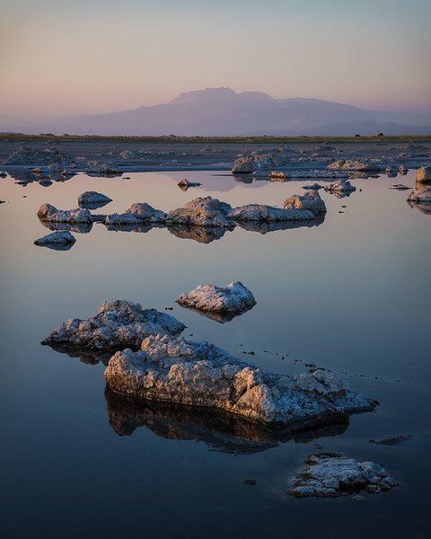 Mono_Lake_Eastern_Sierra_low_water_level_DSC2729.jpg