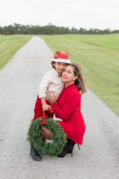 Augustin Family Holiday 2020-43.jpg