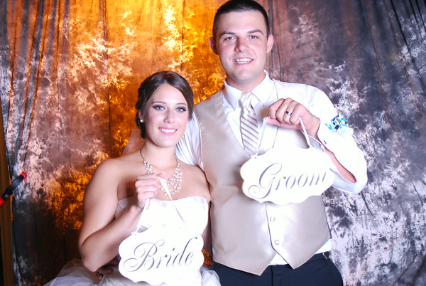 "Ashleigh and Kameron Wedding ""Photo Booth"""