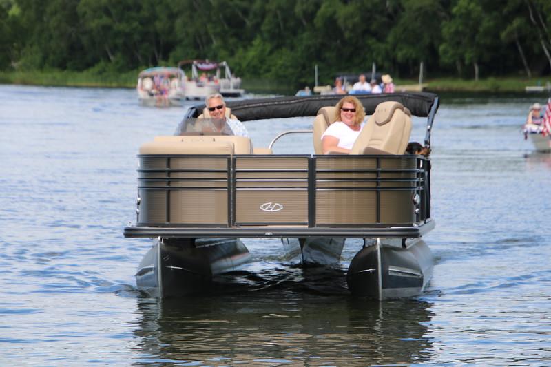 2019 4th of July Boat Parade  (114).JPG