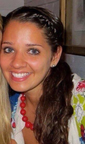 Description of . Victoria Soto, 27