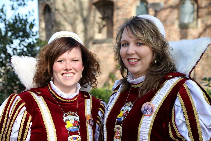 De pages Rosanne van de Heijden en Nienke Janssen
