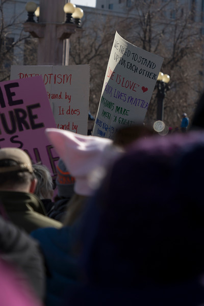 20170121_WomensMarchDenver_2162edit.jpg