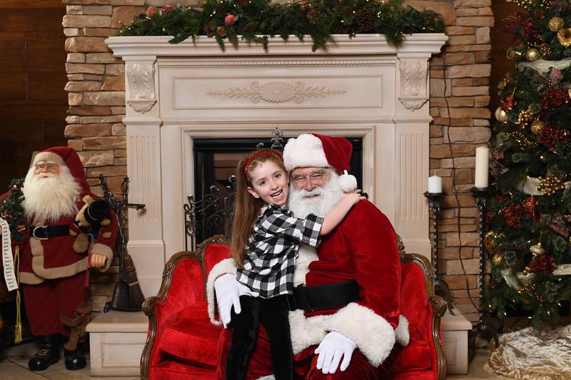 Santa2018.TylerBoye.-24.jpg