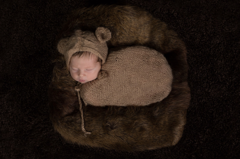 Benson newborn session-7.jpg