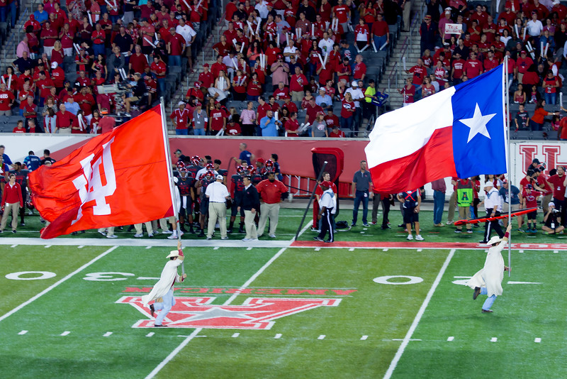 The first of many runnings of UH's Scoring Flags.