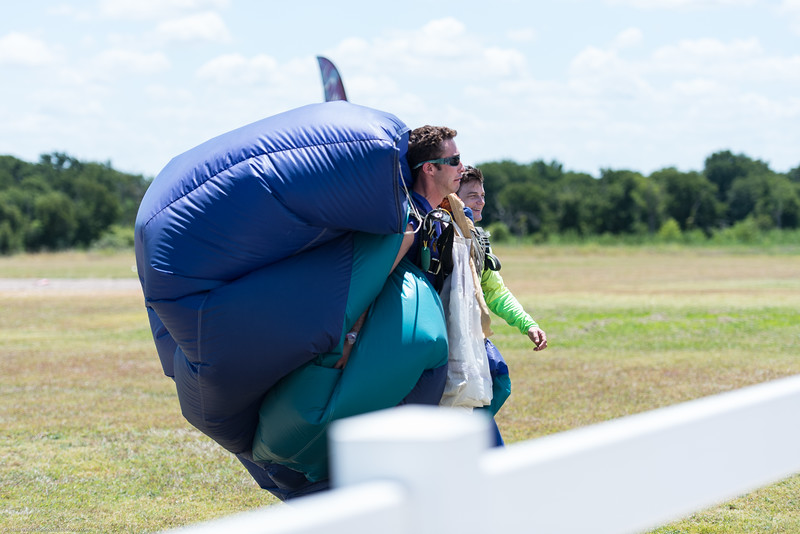 SkydivingEdited-25.jpg