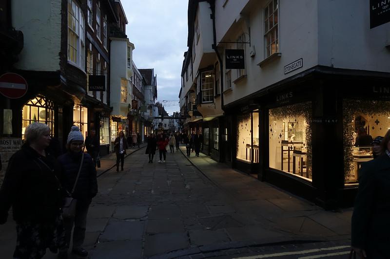 Low Petergate_York_England_GJP03207.jpg