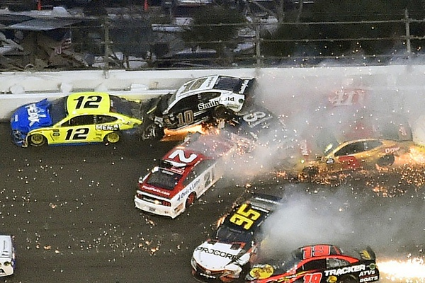 NASCAR 01.jpg