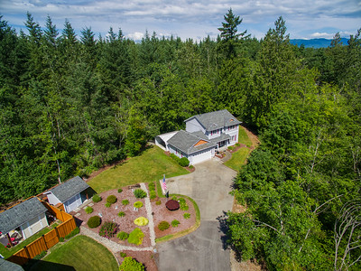 25206 Kanasket Dr Black Diamond, Wa.