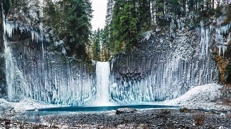abiqua-falls-oregon.jpg