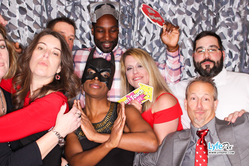 red-hawk-2017-holiday-party-beltsville-maryland-sheraton-photo-booth-0252.jpg