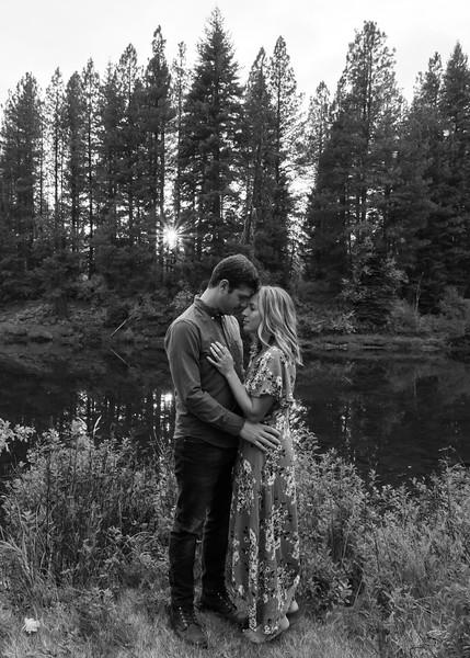Coble.Howard.EngagementPhotos-159.jpg