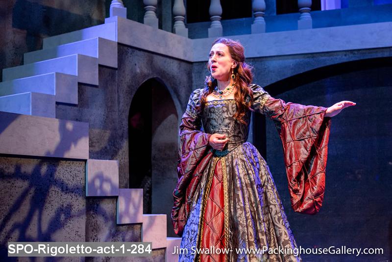 SPO-Rigoletto-act-1-284.jpg