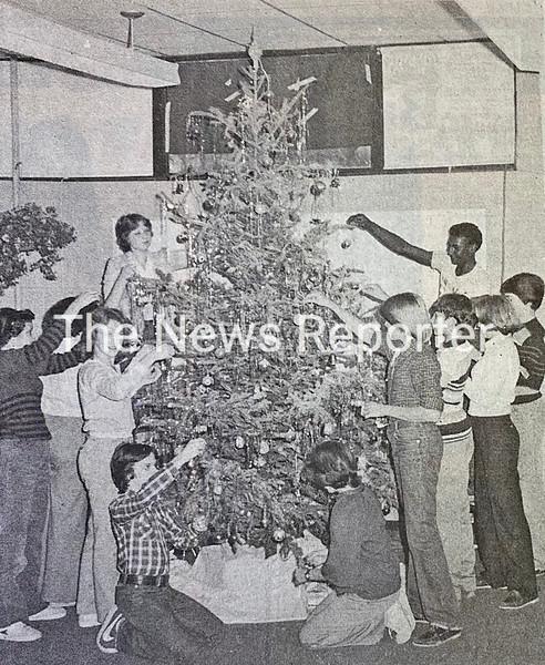 Decorating Christmas tree.jpg