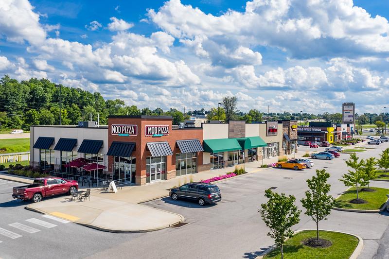 300-370 Town Center Drive-16.jpg