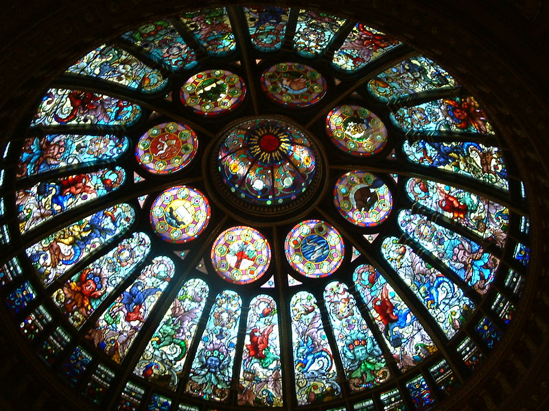 stained glass hhof.JPG
