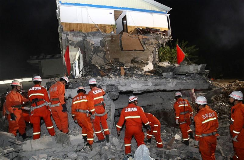 JapanEarthquake2011-105.jpg