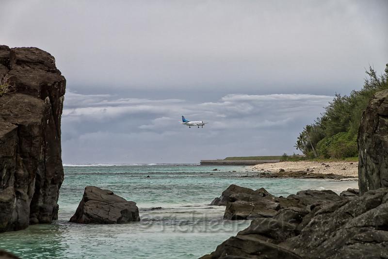 Air Rarotonga Through Black Rock