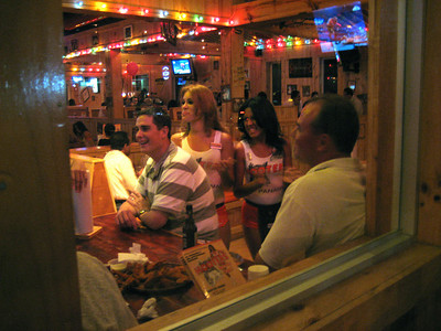 Hooters in Panama