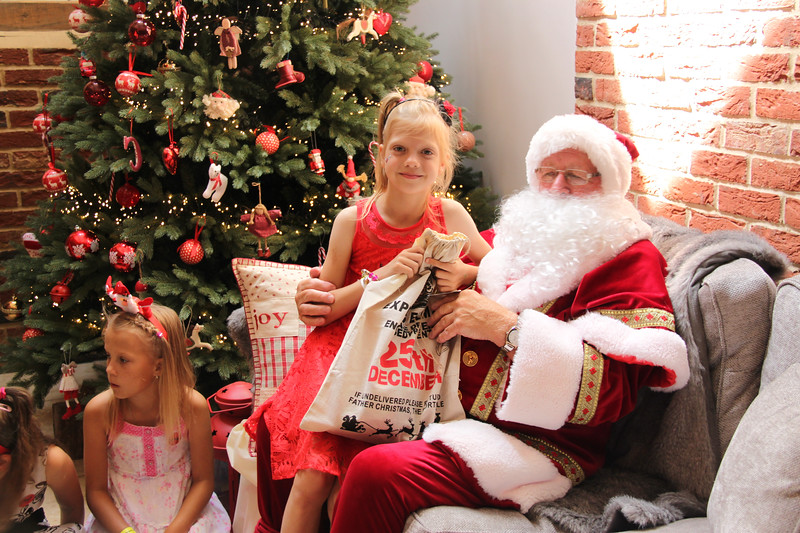 2019 Christmas Party_190.jpg