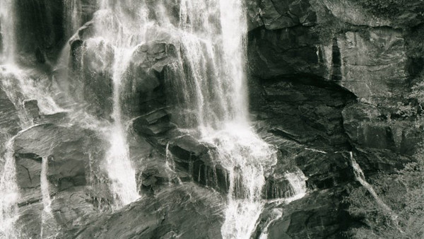 11-waterfall3.jpg