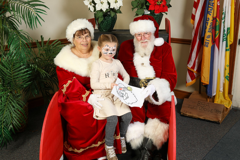 TBTP 2019 Photos with Santa-126.JPG