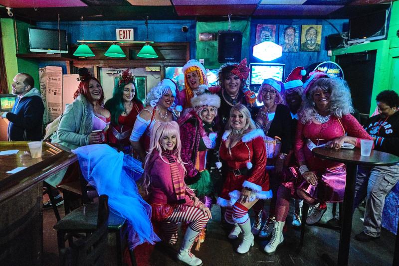 Pussyfooters Downtown Bar Crawl - 2017_Dec 16 2017_21-13-21_23136.jpg