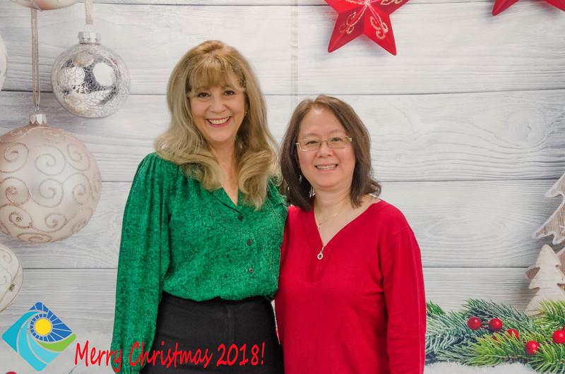 Christmas Photobooth 2018 Sunday-167.jpg