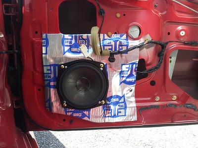 2005 Mitsubishi Lancer Evolution viii gsr Front Door Speaker Installation - USA